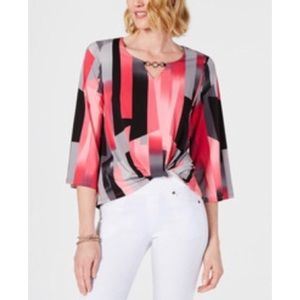 NWT JM Collection Keyhole Twisted Front Top Medium
